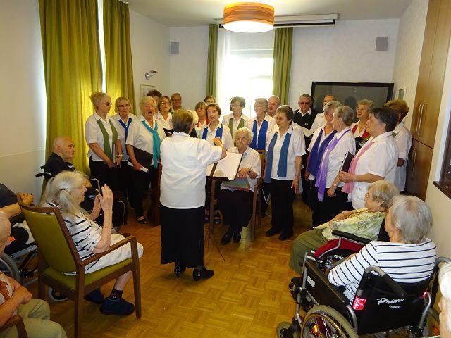 """Seniorenchor """"musica74"""" zu Besuch am 27.06.2016"""